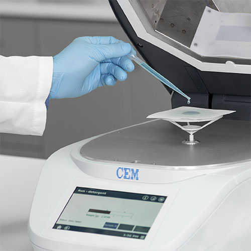 An Incredibly Easy to Use Moisture Analyzer